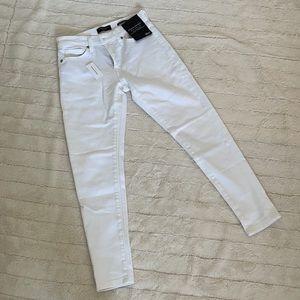 (NWT) Banana Republic Mid-Rise Skinny White Jeans